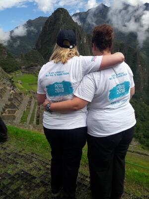 friends on peru trek machu picchu