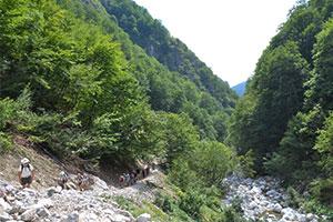 Trekking_up_Alpine_pass_Albania