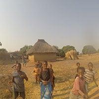 Children_playing_in_village_Zambia.jpg