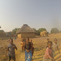 Children_playing_in_village_Zambia.jpg