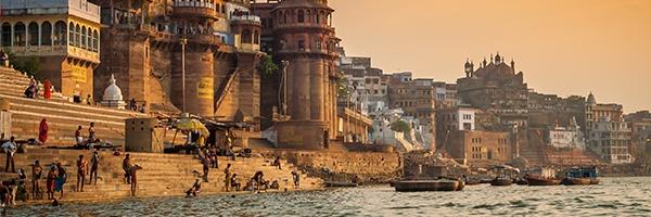 Varanasi_River.jpg