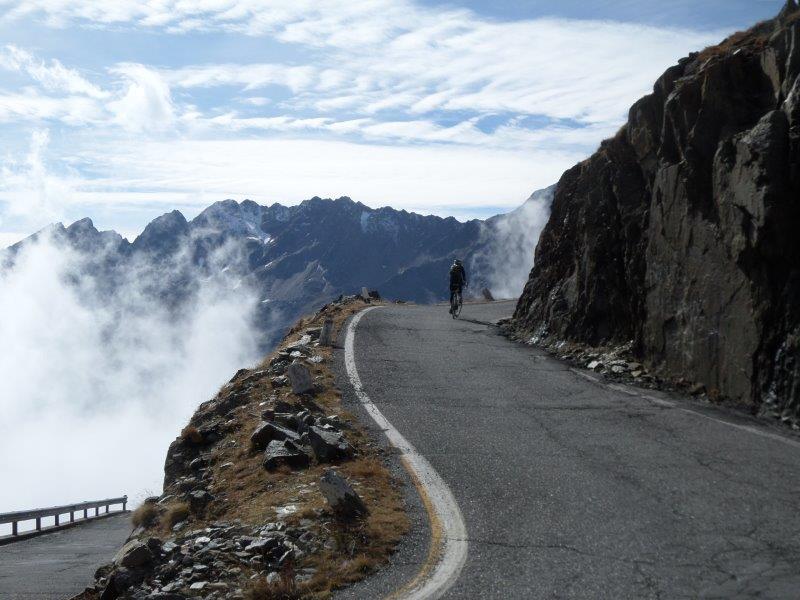 Gavia_classic_Italian_Climbs_cycle.jpg