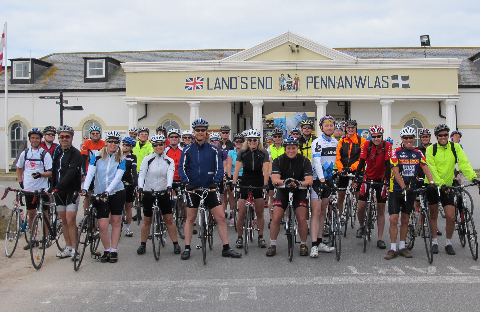 Lands_End_charity_bike_ride_start.jpg